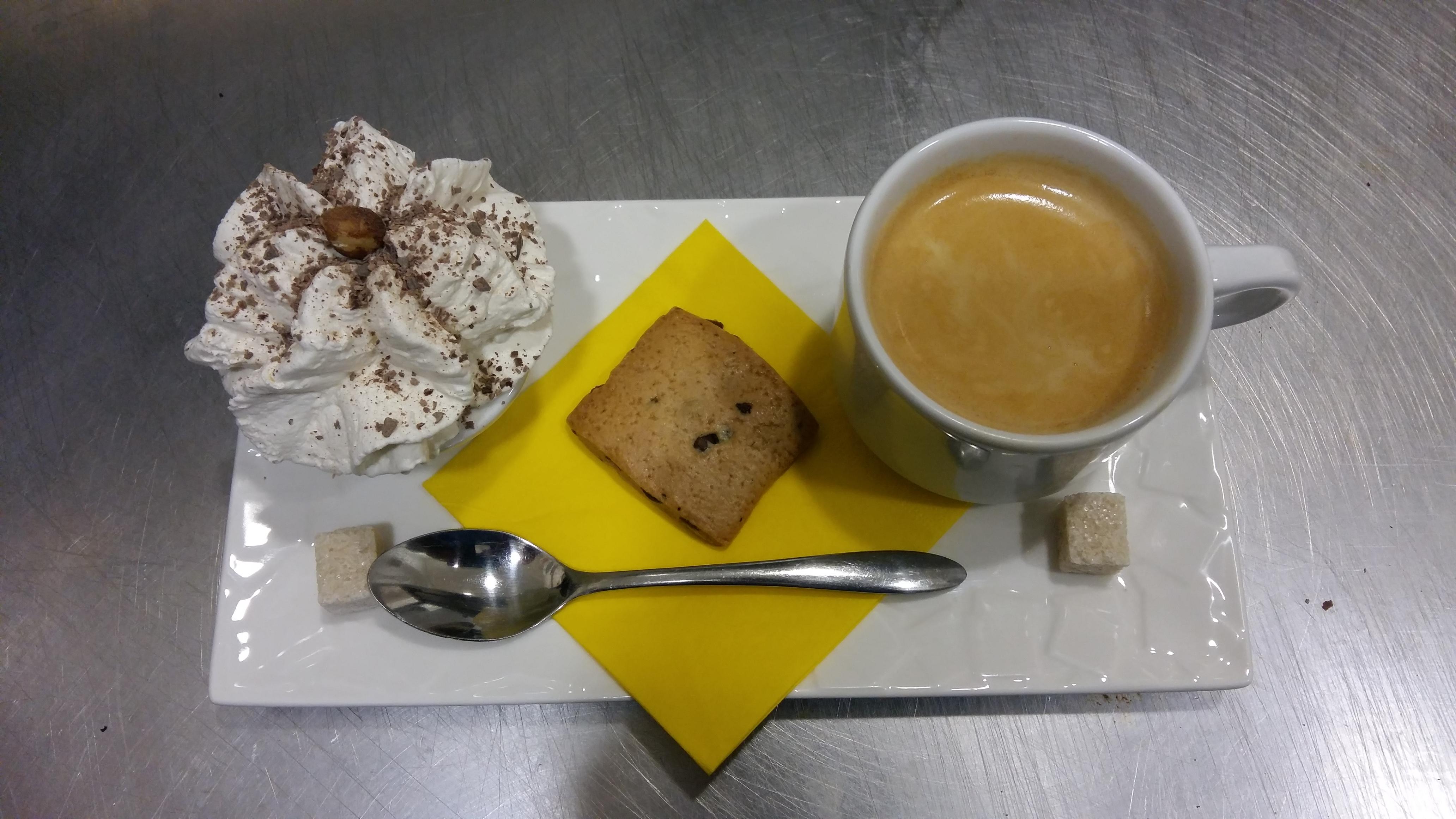 café gourmand chez votre salon de thé plaisir glacé